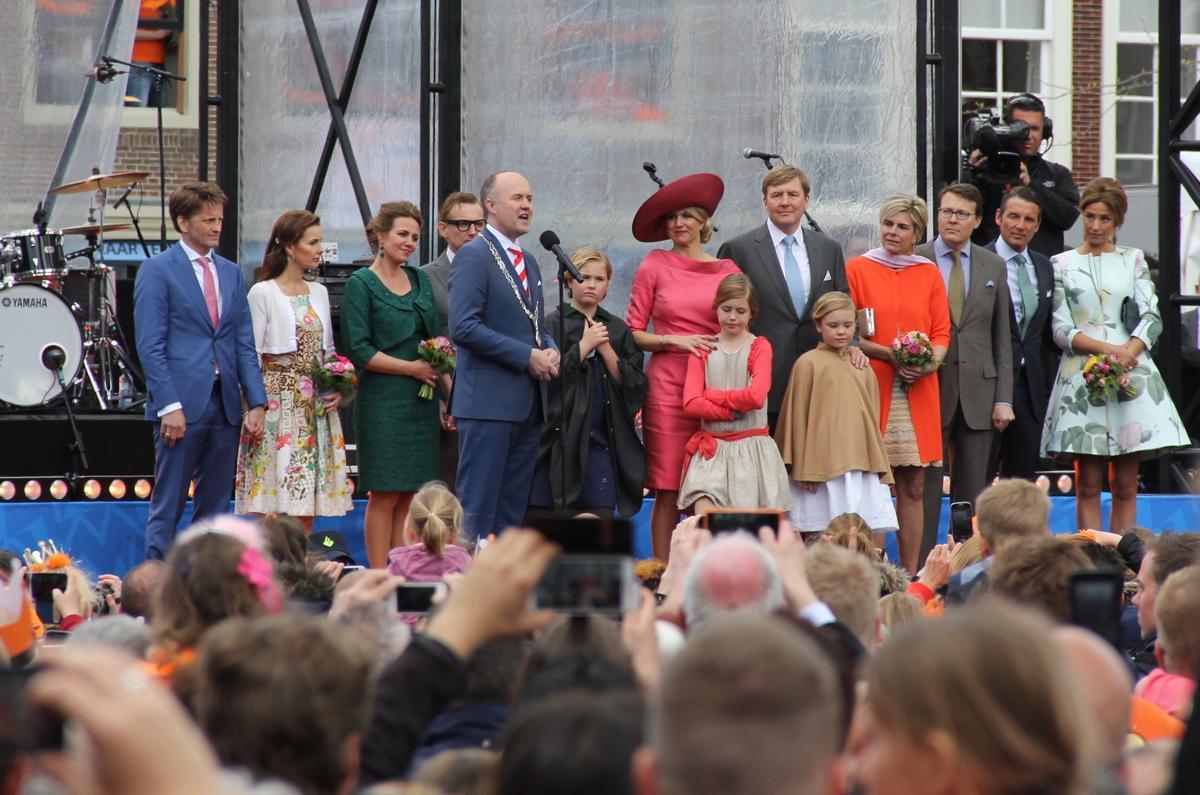 """Hollanda'da """"Kral Günü"""" kutlandı"""