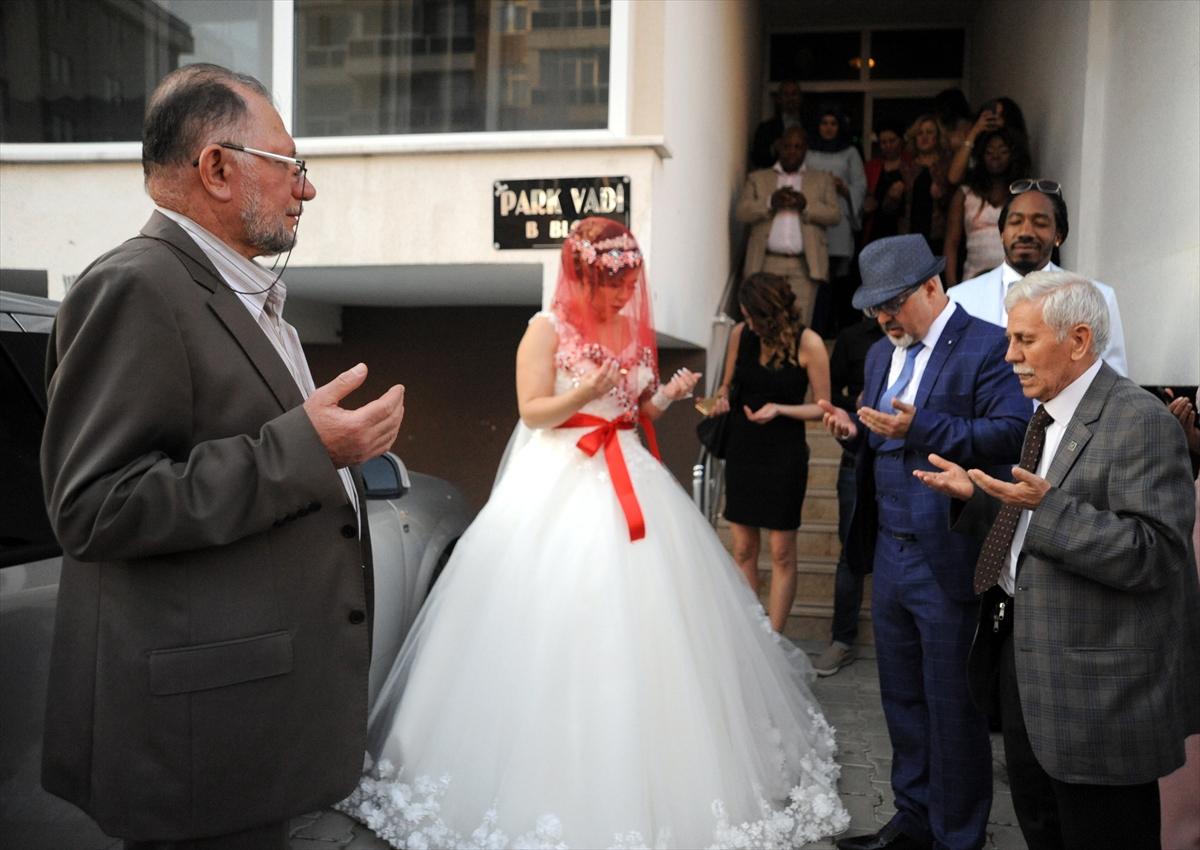 İslamiyet'i seçen Hollandalı damada Türk usulü düğün