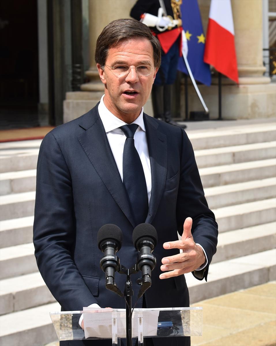 Hollanda Başbakanı Mark Rutte Fransa'da
