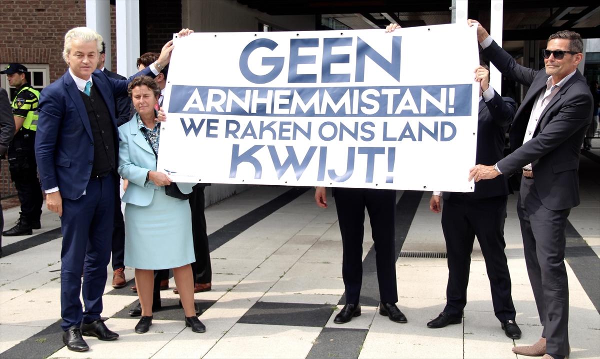 Wilders'den Fas asıllı Müslüman belediye başkanına protesto