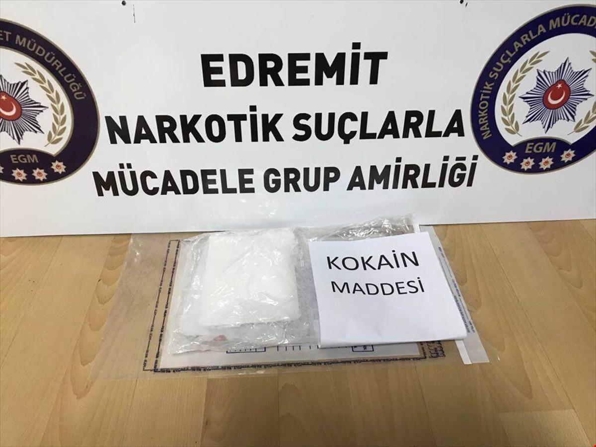 Hollanda'dan gelen kargo paketinden kokain çıktı