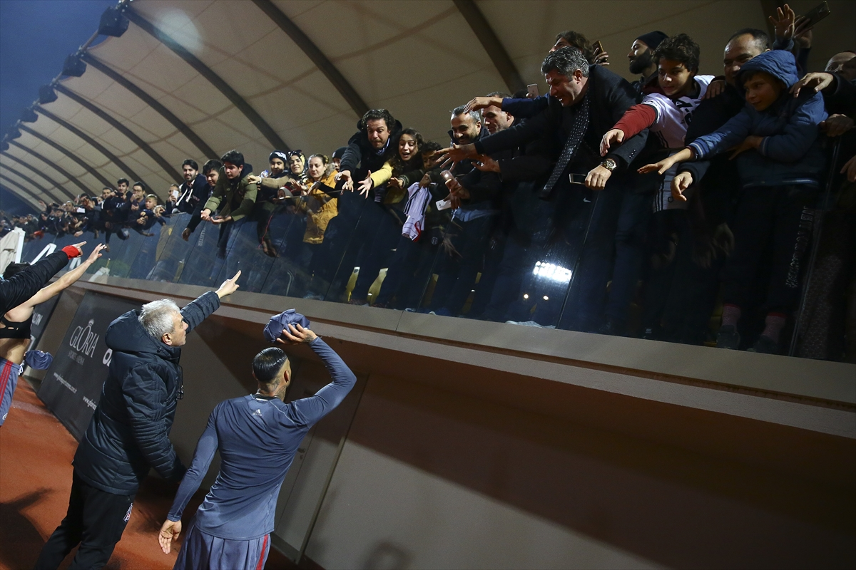 Beşiktaş - Ado Den Haag