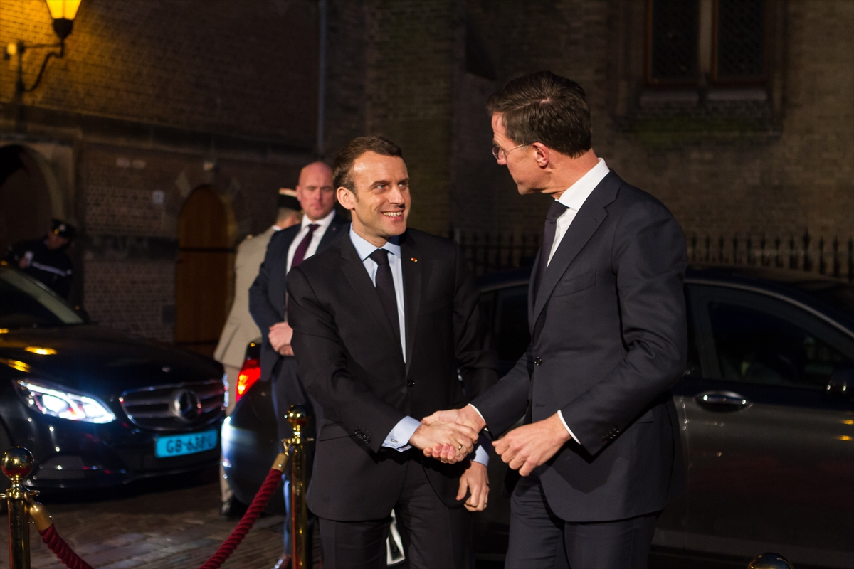 Fransa Cumhurbaşkanı Emmanuel Macron Hollanda'da