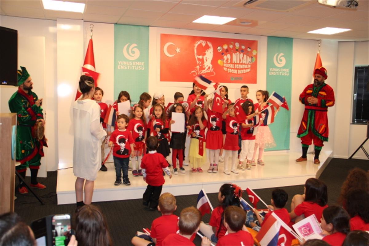 Hollanda'da 23 Nisan Ulusal Egemenlik ve Çocuk Bayramı etkinliği