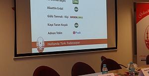 Hollanda'da 5 AP Türk adayı halk ile buluştu