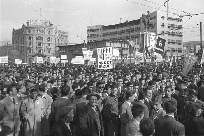 10 Kasım Atatürk'ü Anma Gününüz Kutlu Olsun!