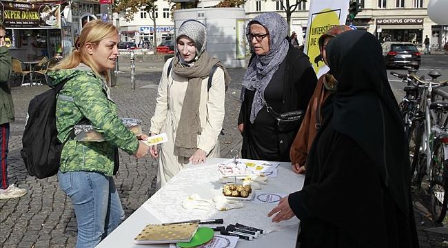 Avrupa'da 25 noktada Müslüman kadınlara yönelik ayrımcılığa karşı sokak aksiyonu