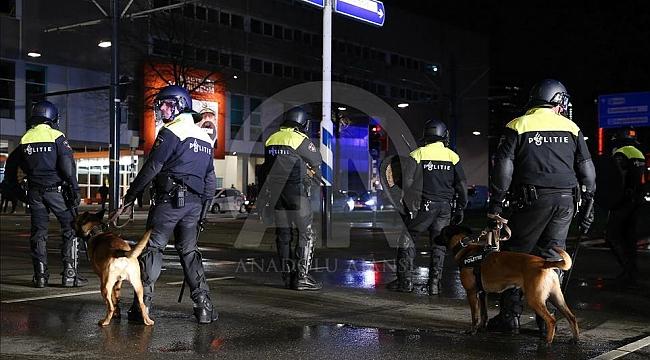 Hollanda'da ırkçılığı ortaya çıkaran emniyet müdürü açığa alındı