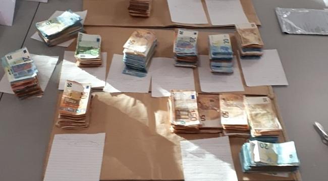 20 yaşıdaki Arnavutlu gencin arabasndaı 160 bin avro nakit para çıktı