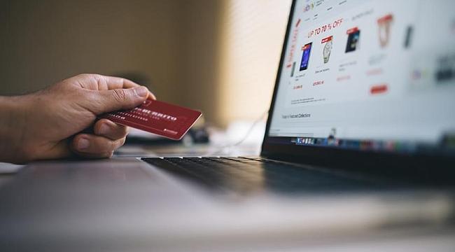 90 procent is geld kwijt na oplichting bij online koop