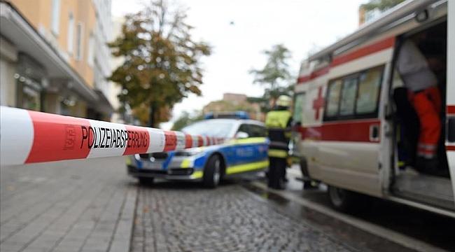 Almanya'da sinagog önünde silahlı saldırı: 2 ölü