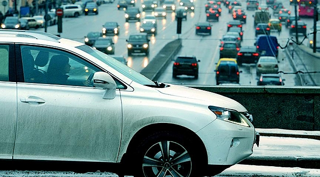 Hollanda'da çevre dostu olmayan Dizel araçlara yeni yüzde 15lik vergi geliyor