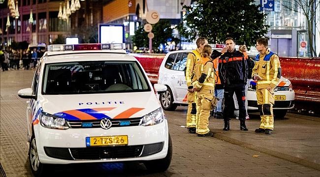 Hollanda'nın Lahey kentinde bıçaklı saldırı yaralanların üçüde çocuk