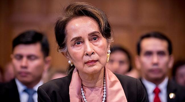 Nobel ödüllü Myanmar lideri Suu Çii soykırımı inkar etti