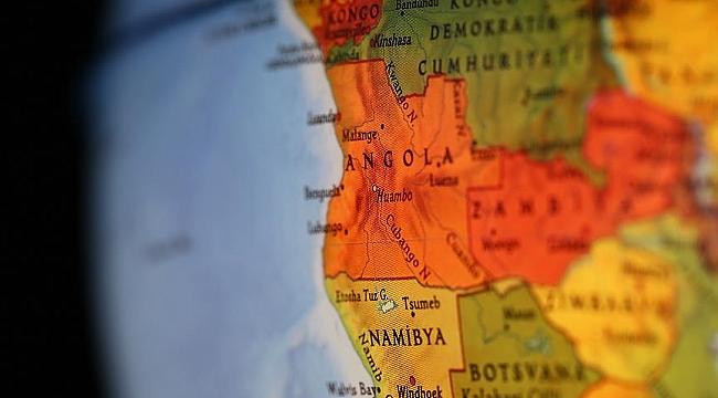 Angola'da Hollanda firması binlerce ailenin evinden olmasına neden oldu