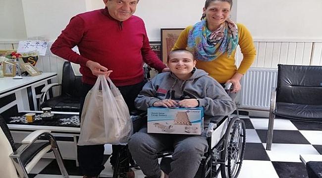 Hollanda'dan Bülent Türker Türkiye'de 20 günde 25 engenlli sevindirdi