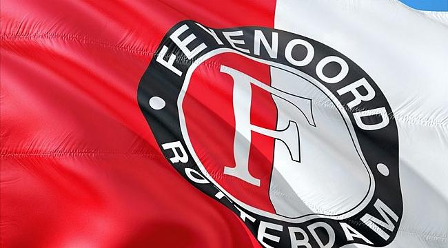 Oğuzhan Özyakup Feyenoord'da ilk maçında ilk gölle bir ilke imza attı