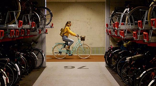 Rotterdam'a 2300 bisiklet kapasiteli yeni bisiklet parkı yapılacak
