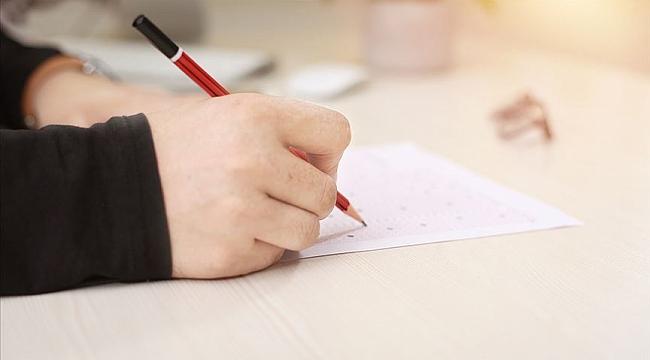 Hollanda'da merkezi ve ulusal tüm final sınavları iptal edildi