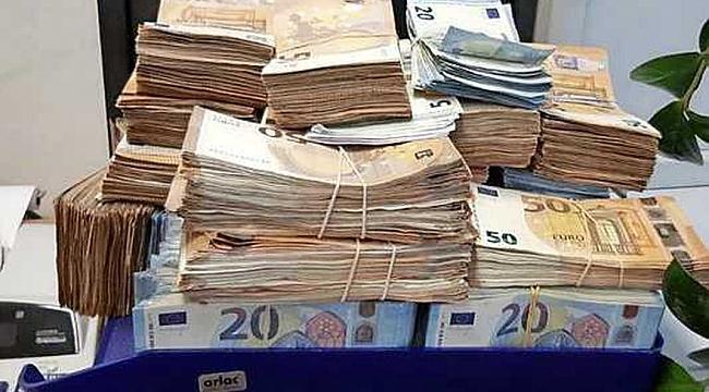 Amsterdam'da bir evde 180 bin avro nakit para ile 10 kilo kokain bulundu