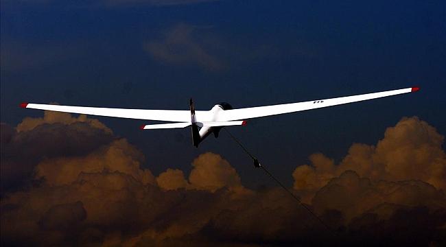 Hollanda'da bir planör daha düştü, 37 yaşındaki Hollandalı pilot öldü