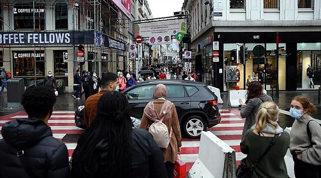 Belçika'daki Türk esnaf salgının etkilerine direnmeye çalışıyor