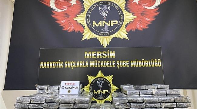 Hollanda'da yaşayan U.U Mersin'de 220 kilogram kokainin ile yakalandı
