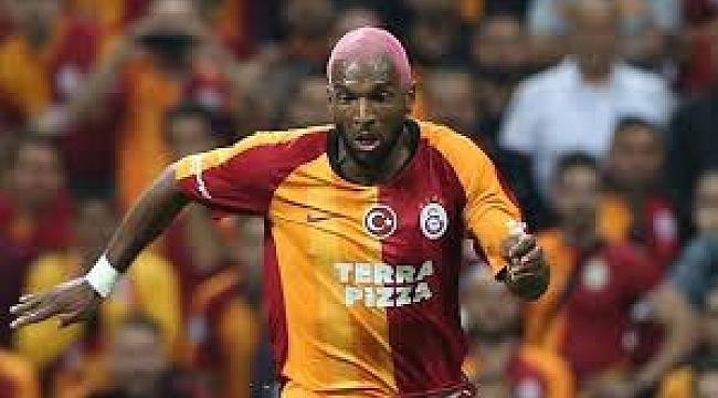Galatasaraylı futbolcu Babel, Kovid-19 şüphesiyle Hollanda Milli Takımı'nın kadrosundan çıkarıldı