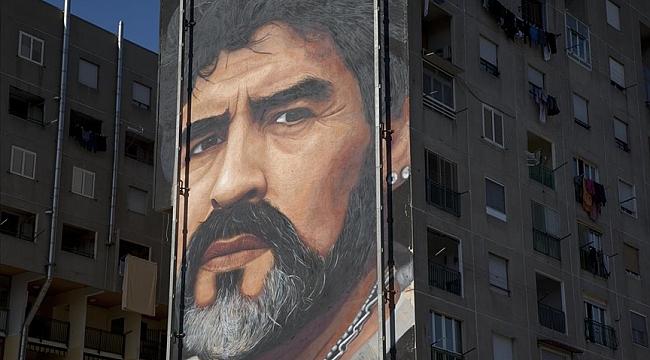 Maradona olmak