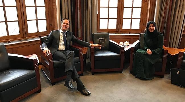 Hollanda Başbakanı'ndan Türk asıllı öğrencinin yazdığı kitaba büyük ilgi