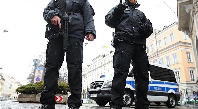 Almanya'da insan kaçakçılarına karşı operasyonda 7 kişi gözaltına alındı