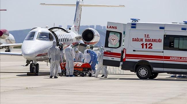 Hollanda'nın ölüme terk ettiği Türk vatandaşı ambulans uçakla Türkiye'ye getirildi