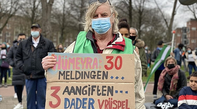 Hollanda'da polisin öldürülen Türk genciyle ilgili ırkçı söylemleri protesto edildi