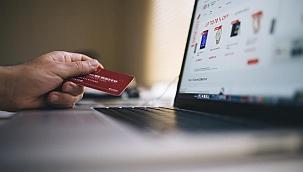 Bestedingen bij Europese webwinkels bereikten in 2020 recordhoogte