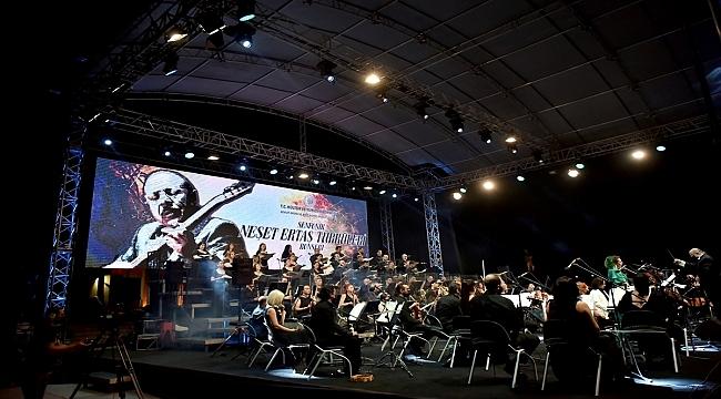 Mersin Devlet Opera ve Balesi, halk ozanı Neşet Ertaş'ın sevilen türkülerini senfonik yorumladı