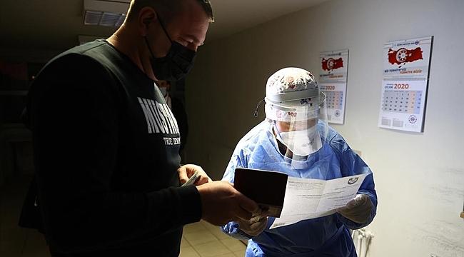 Avrupa'ya açılan sınır kapılarında 'PCR testi ibrazı zorunluluğu' uygulaması sürüyor
