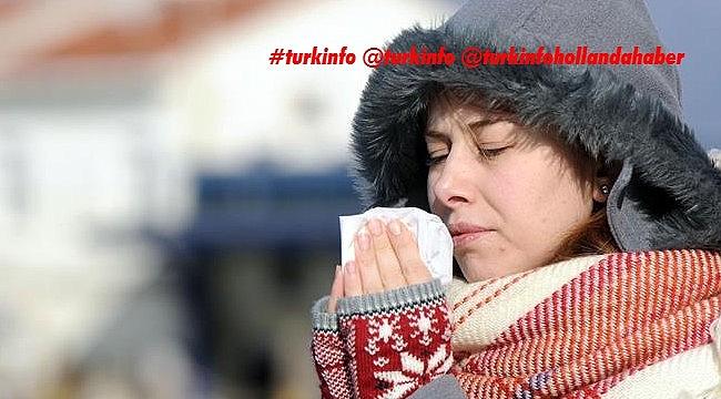 Hollanda viroloji profesörü: 'Soğuk havanın enfeksiyon sayısına etkisi çok güçlü'