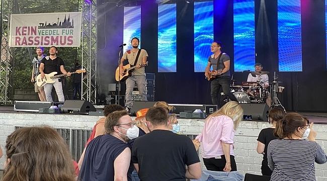 Almanya'nın Köln kentinde aylar sonra ilk konser düzenlendi