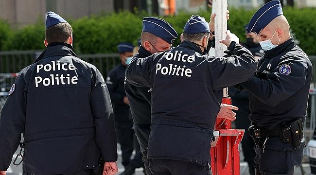 Dünya çapında organize suç örgütlerine dev operasyon, Hollanda'da 49 kişi tutuklandı