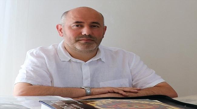 Fransa'da Türk asıllı koleksiyoner, Osmanlı ve Türkiye tarihiyle ilgili Fransızca arşivini AA'ya açtı