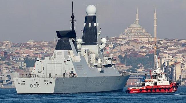 Hollanda donanmasına ait savaş gemileri Karadeniz'e açıldı