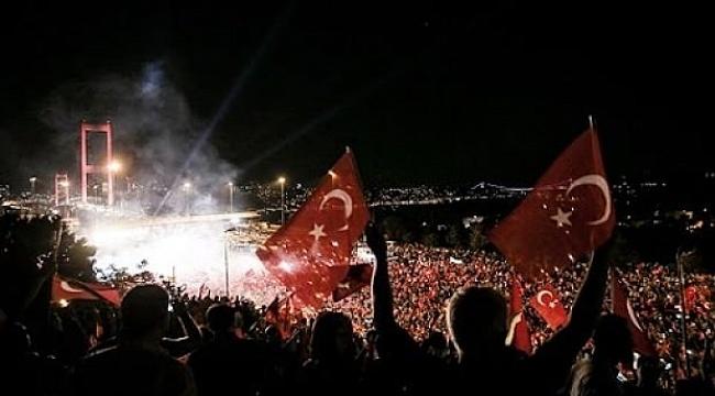 15 Temmuz Demokrasi ve Milli Birlik Günü'nde Türkiye tek ses: Türkiye Geçilmez!