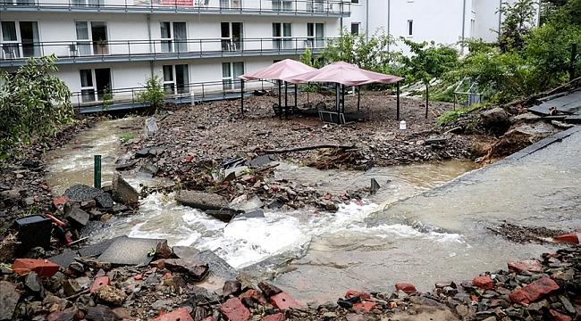 Almanya'da sel ve su baskınlarında hayatını kaybedenlerin sayısı 33'e yükseldi