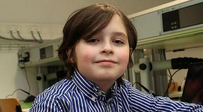 Belçika'da 11 yaşındaki çocuk üniversitenin fizik bölümünü bitirdi