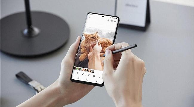 """Samsung Galaxy S21 Ultra 5G, """"En İyi Akıllı Telefon"""" seçildi"""