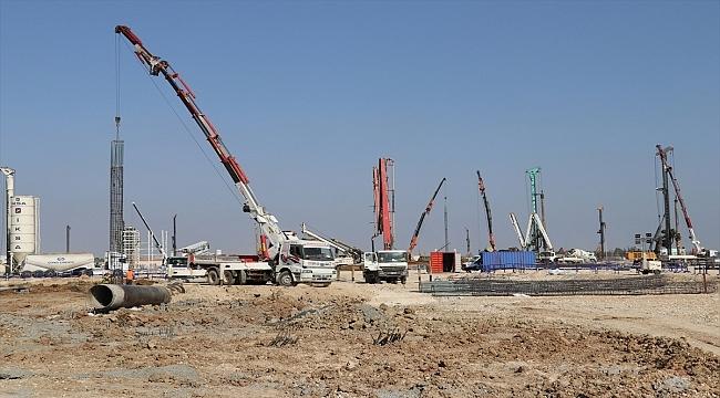 Adana'da milyar dolarlık ihracat hedefleyen petrokimya tesisi 2023'te devreye giriyor