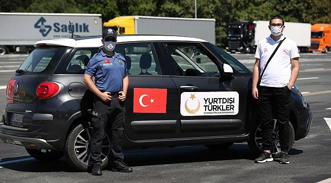 Avrupallı Türkler Kapıkule Sınır Kapısı'nda YTB tarafından uğurlanıyor