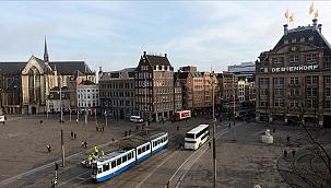 Lahey'de tramvay önüne itilen kişi hayatını kaybetti