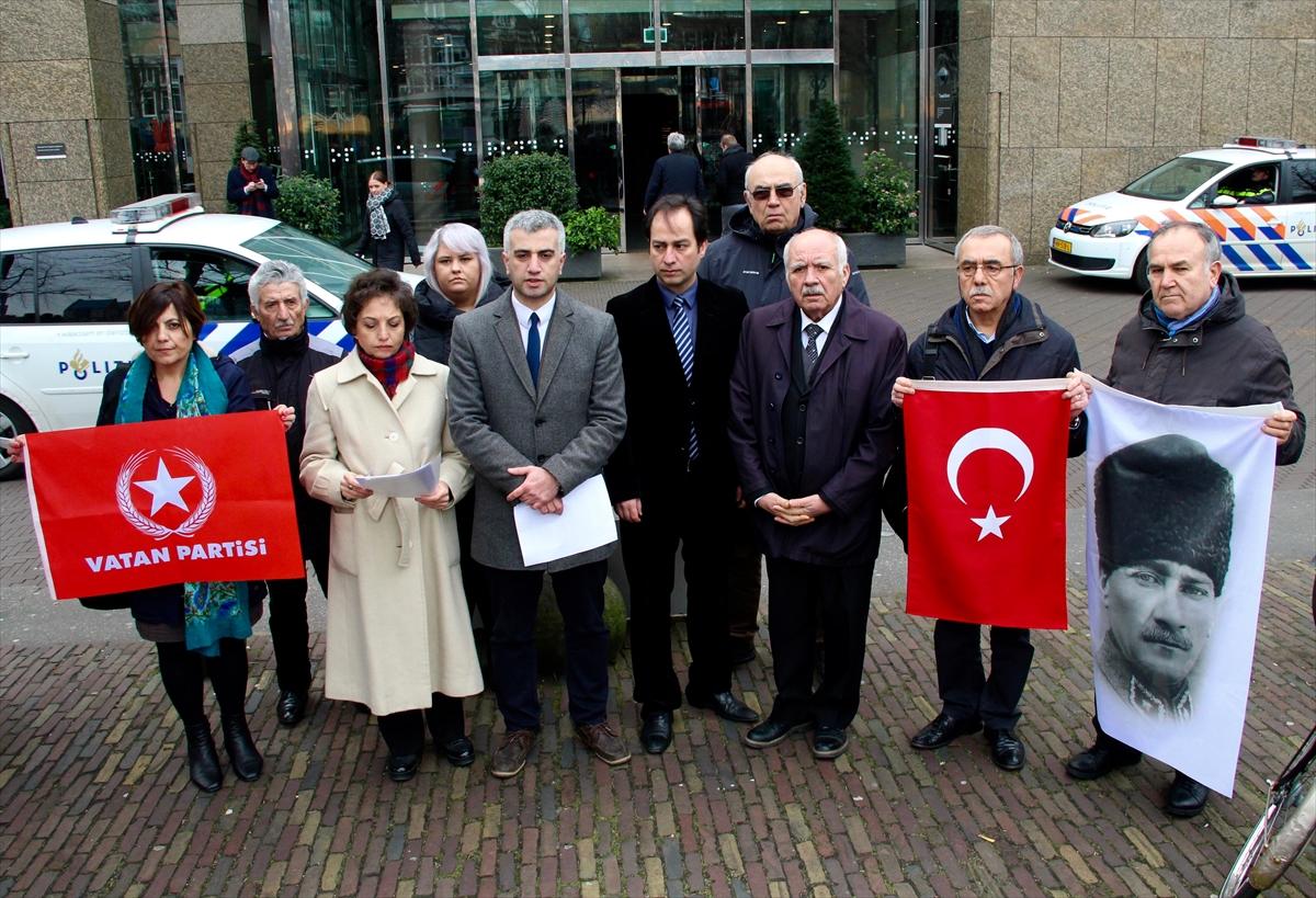 Vatan Partisinden Hollanda Parlamentosu önünde basın açıklaması