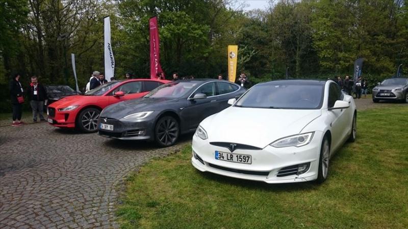 Aantal volledig elektrische auto's verdubbeld